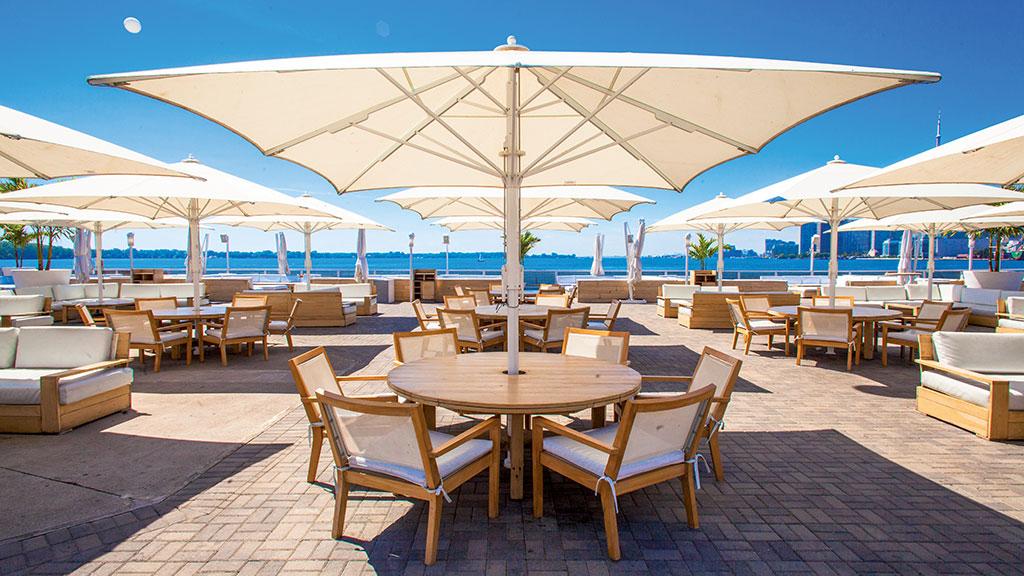 Jumbrella Sonnenschirm - Gastronomie Sonnenschirm - Sonnenschutzlösungen von Bahama