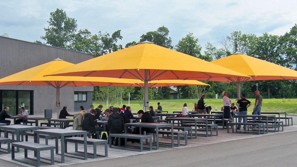 Jumbrella XL Premium Sonnenschutz Lösungen im XL Format für Gastronomie Außenbereiche von Bahama