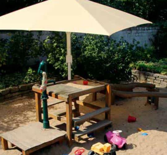Sonnenschirm Kindergarten